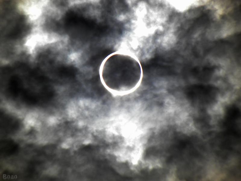 金環日食2012-f.jpg